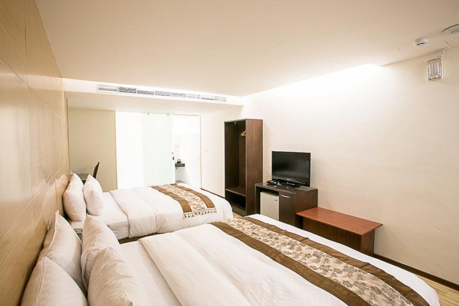 huang shin business hotel suites family rh kinghotel com tw